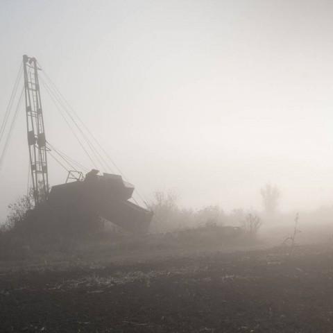 Napušteni stroj za iskop gline, Cerna (Domagoj Burilović, 2019.)